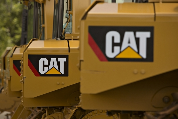 Caterpillar Shares Drop After Relocation Announcement